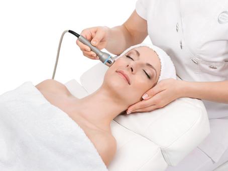 Ultraschall - Einschleusen, Auffüllen und Revitalisieren - für eine sichtbar schönere Haut