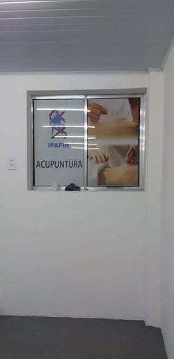 ADESIVO PERFURADO