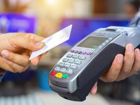 O meu comércio é obrigado a aceitar cartão de débito/crédito?