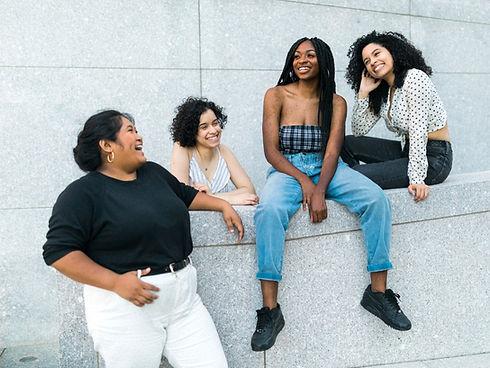 Gruppe diverser Frauen