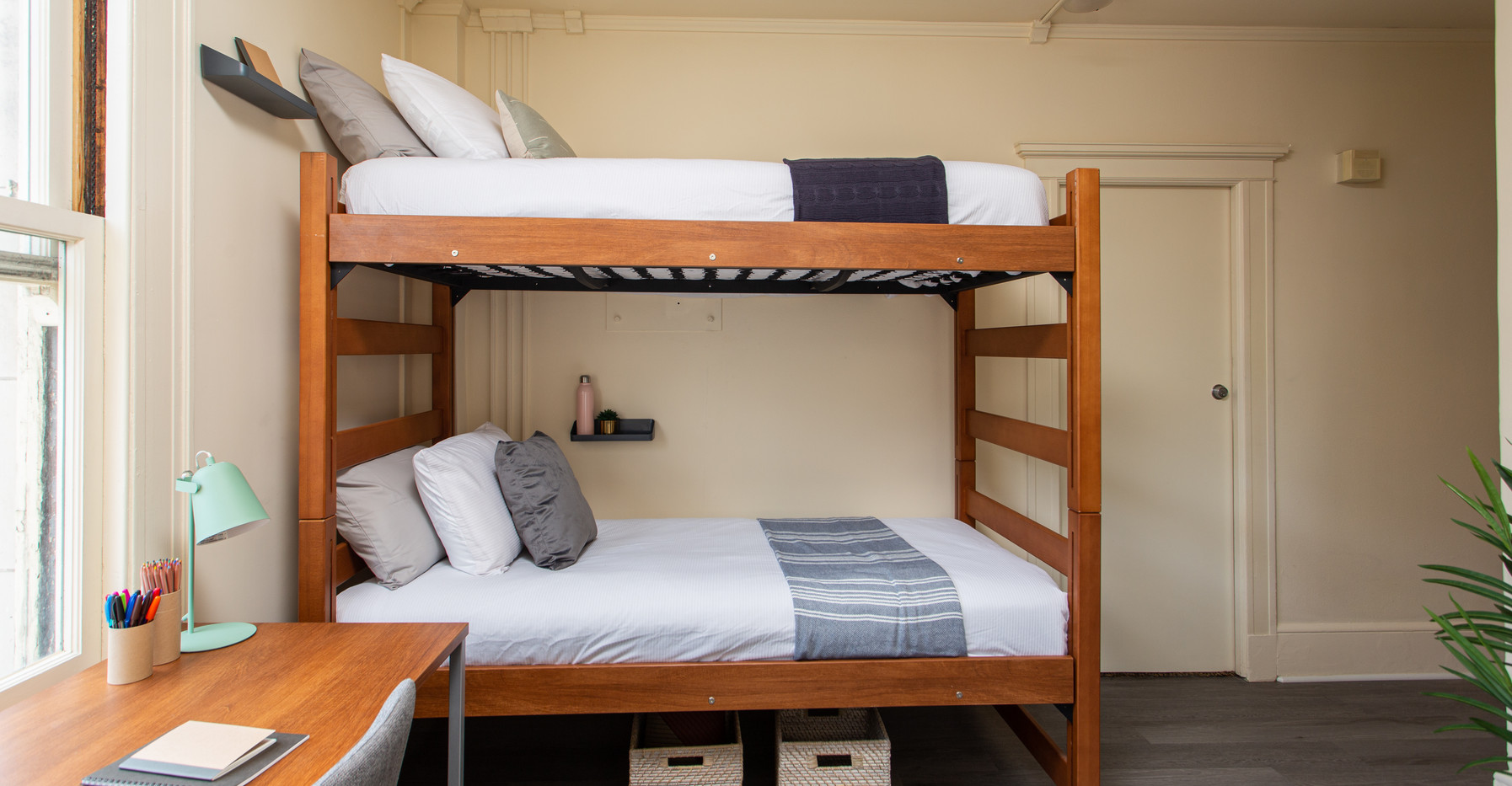 San Francisco student room 8