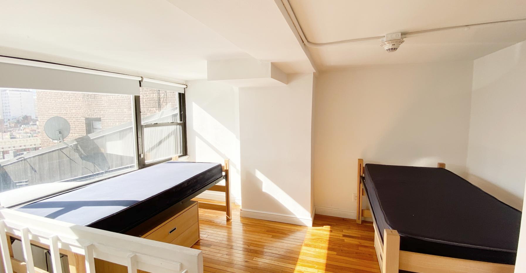 New York student housing room 4