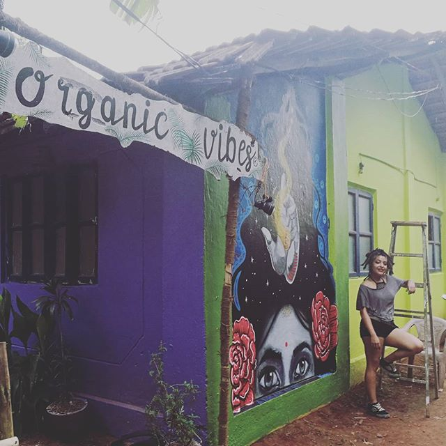 First mural! 😋✌💙💚 #organicvibes #aram