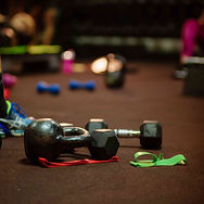 weights-and-fitness-accessories-in-gym-S