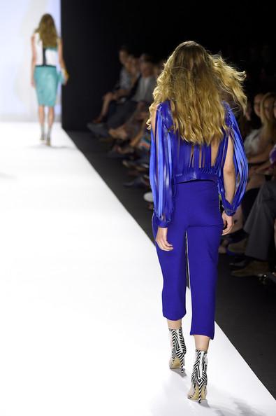 Project+Runway+Runway+Mercedes+Benz+Fashion+LZrAdT8KpmWl.jpg