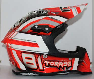 Aerografia caschi, motocross, verniciatura, helmet design, grafiche personalizzate, studio grafico fox race design