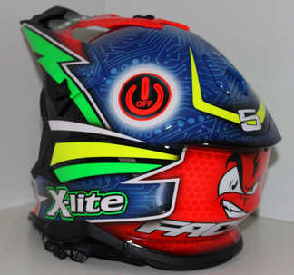 Aerografia caschi, nolan, motocross, verniciatura, helmet design, grafiche personalizzate, studio grafico fox race design