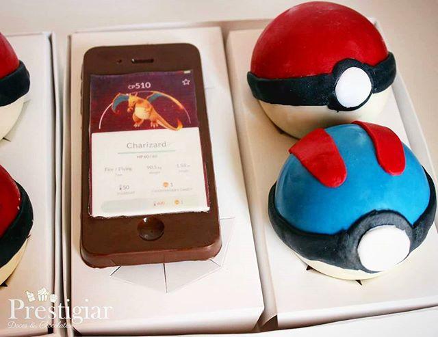 E teve mais casais se presenteando com o kit Pokémon Go._Tudo de chocolate! com pokebola recheada co