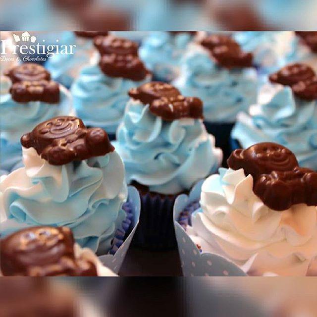 Cupcakes de ursinhos para o cha de fraldas do pequeno Davi #prestigiar #cupcakes #ursinho #bear #cha