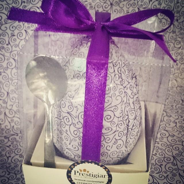 Mini ovo recheado #Brigadeirodecolher #prestigiar #roxo #miniovo #egg #chocolate #chocolovers