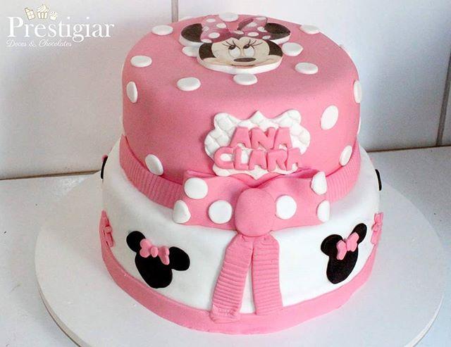 Mais um bolo com recheio de Ninho com Nutella, dessa vez para comemorar o aniversário da pequena Ana