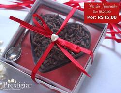 😘💑💏💕💘#diadosnamorados _Pra você que quer prestigiar quem você ama! -Coração de chocolate rechea