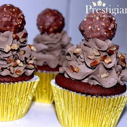 #cupcakes #Prestigiar #ferrerorocher #nozes #avelã #gourmet