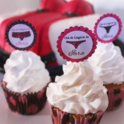 👙👗👠👰 Cupcakes feitos em parceria com a _nanadoavesso para o chá de lingerie da Iara