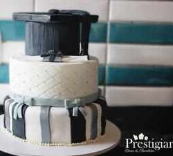 👩🎓👷Na prestigiar tem bolo pra todas as ocasiões e no momento tão especial quanto o êxito na gradu