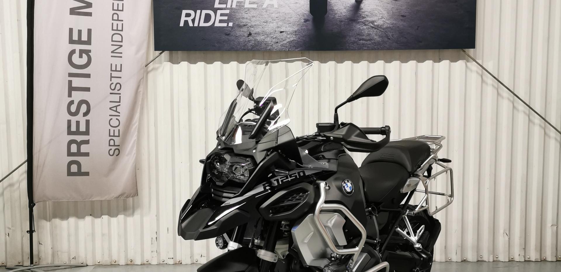BMW R 1250 GSA TRIPLE BLACK