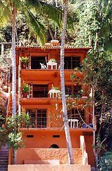 Lagunamar1front1.jpg