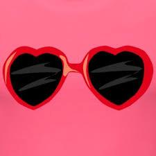 Rien que trois cœurs rouges