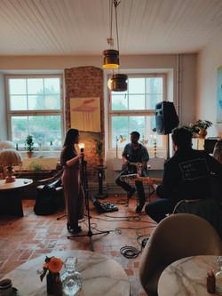 Olivia Junholm music live