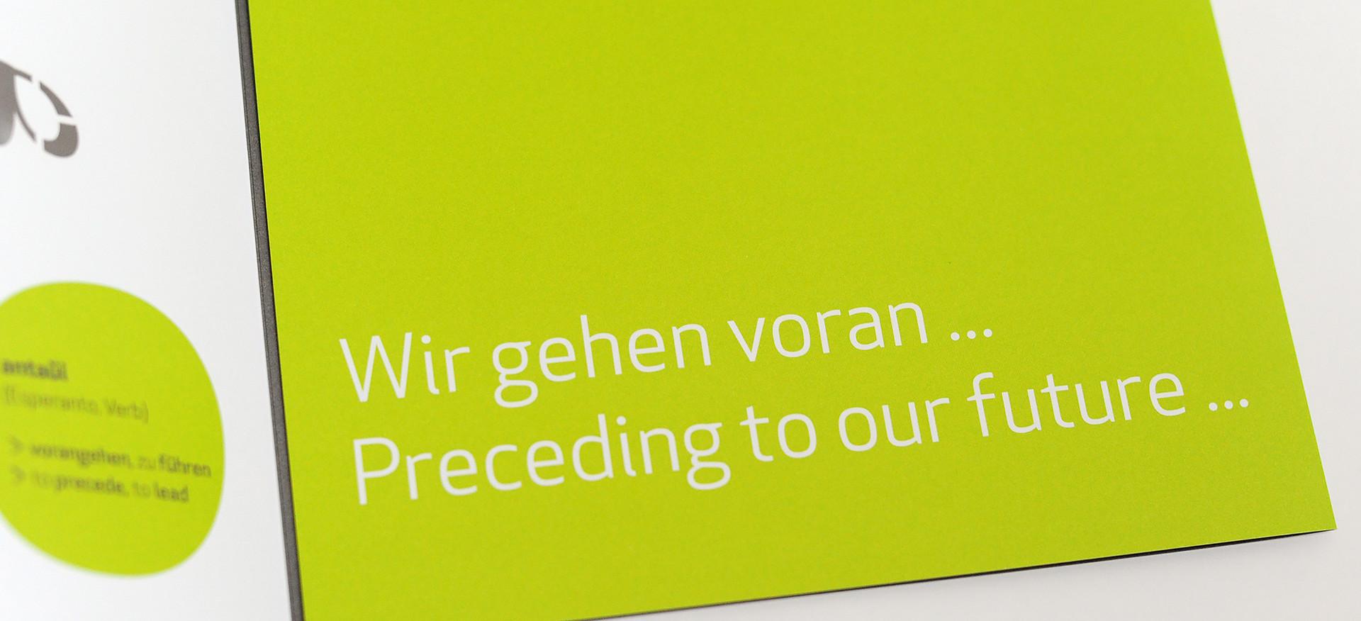 antaui GmbH, Flyer mit Visitenkartenschlitzen