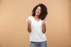 femme heureuse - Gestion du stress et des émotions lyon - www.catherinemeyss.com