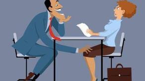 Comment garder le moral quand un prospect a tenté de vous embrasser ou vous harcèle sexuellement ?