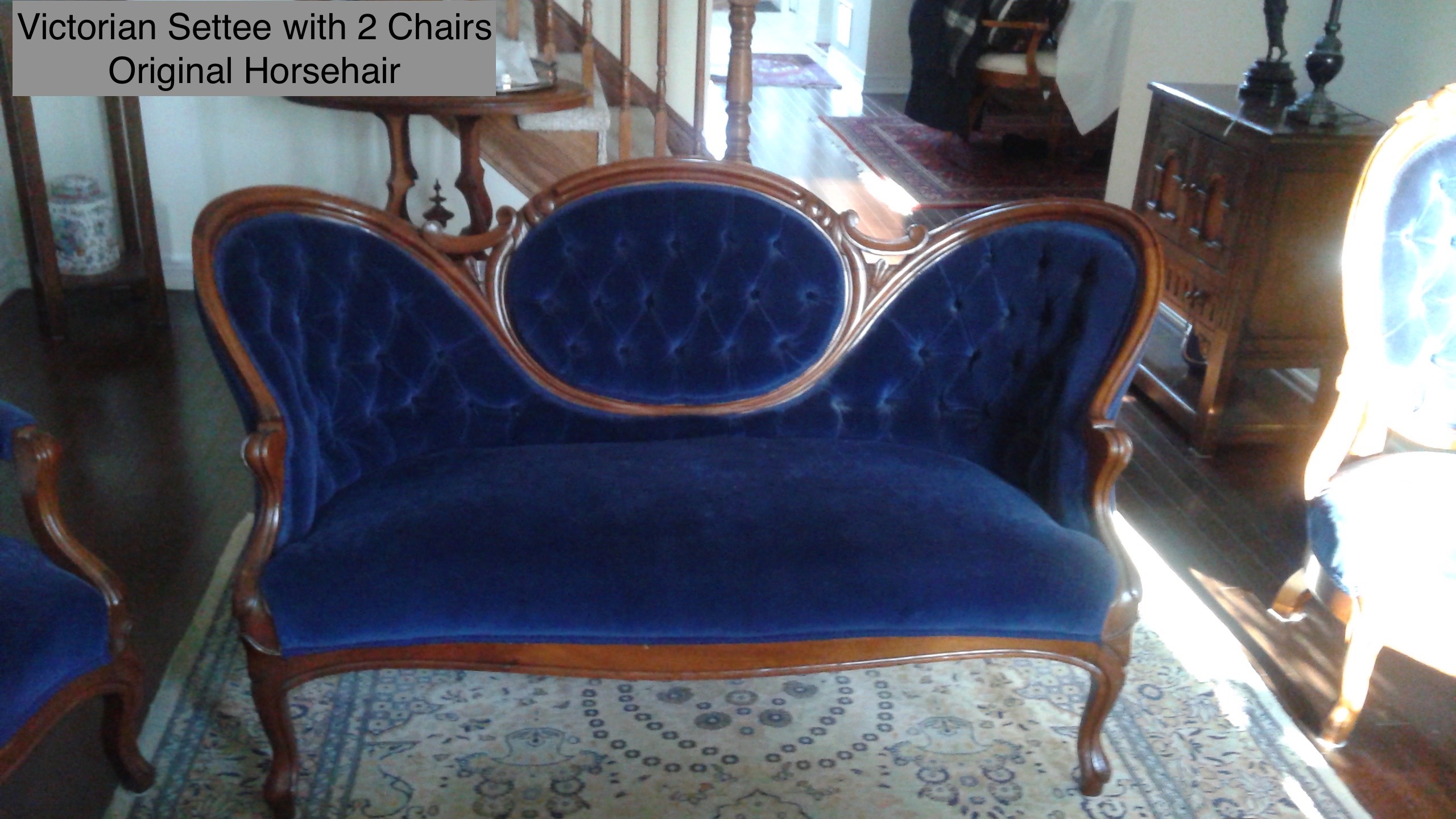 Victorian Settee 2 Chairs