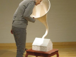 Sign up to Listen to a webinar with sculptor Holly Laws!