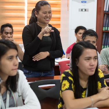 training-sign-language-lp4y