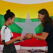 graduation-youth-volunteer-lp4y-yangon-m