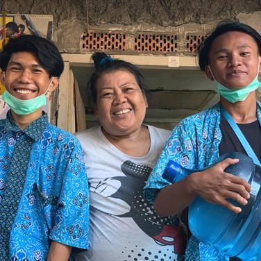source-of-life-jakarta-slum-indonesia.jp