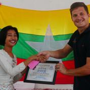 youth-graduation-volunteer-lp4y-yangon-m