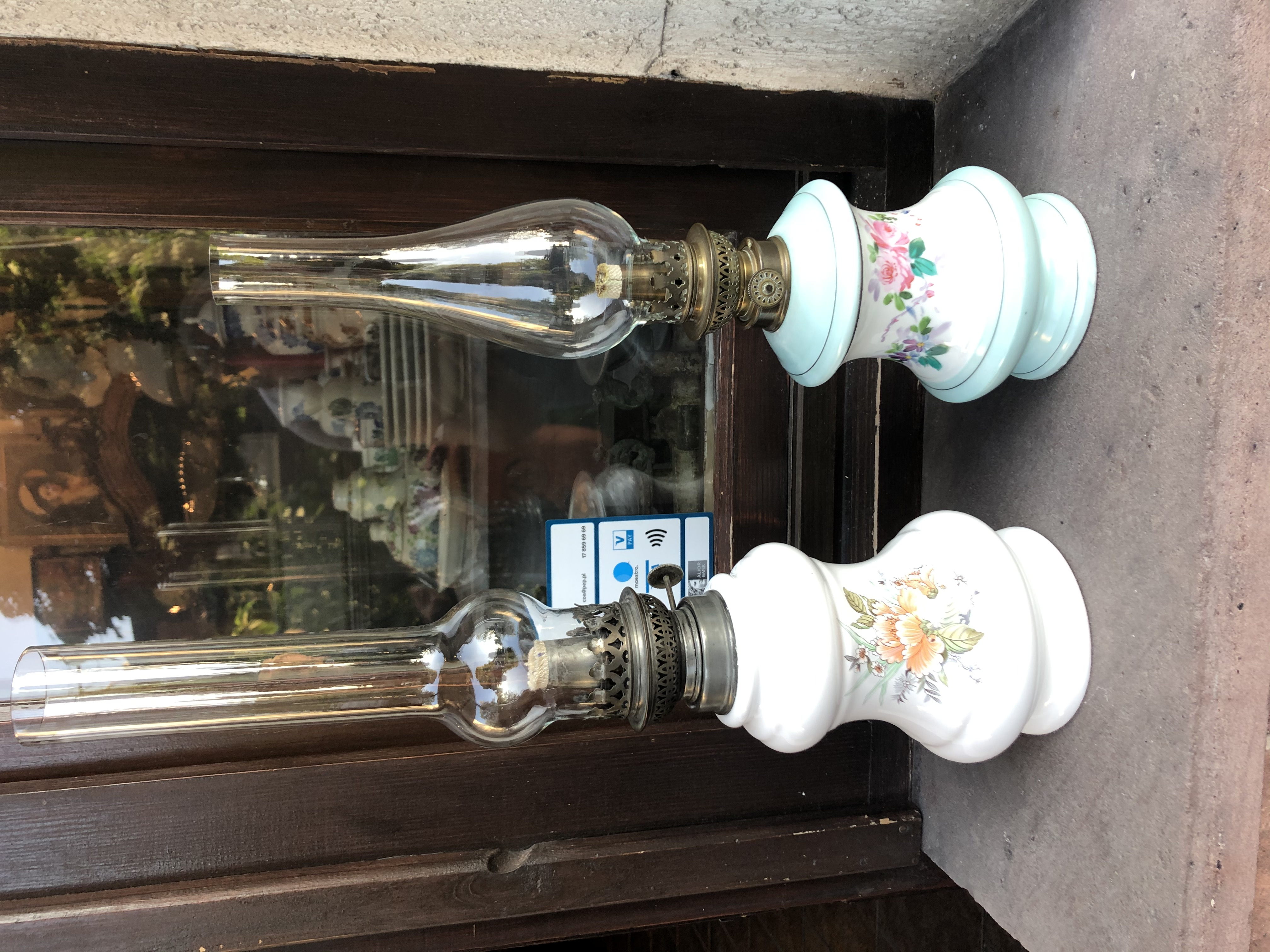2 lampy naftowe