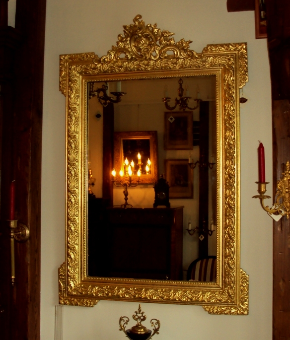 Złocone lustro