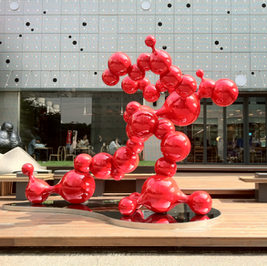 Red Bubble, 2012