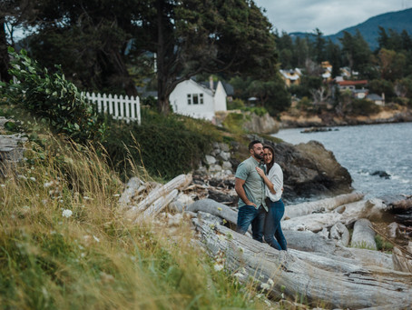 Laurel & Brooks | Sunset Engagement Session at Orcas Island