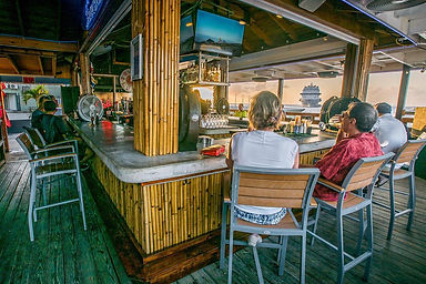 grand-cayman-restaurants-bar-food.jpg