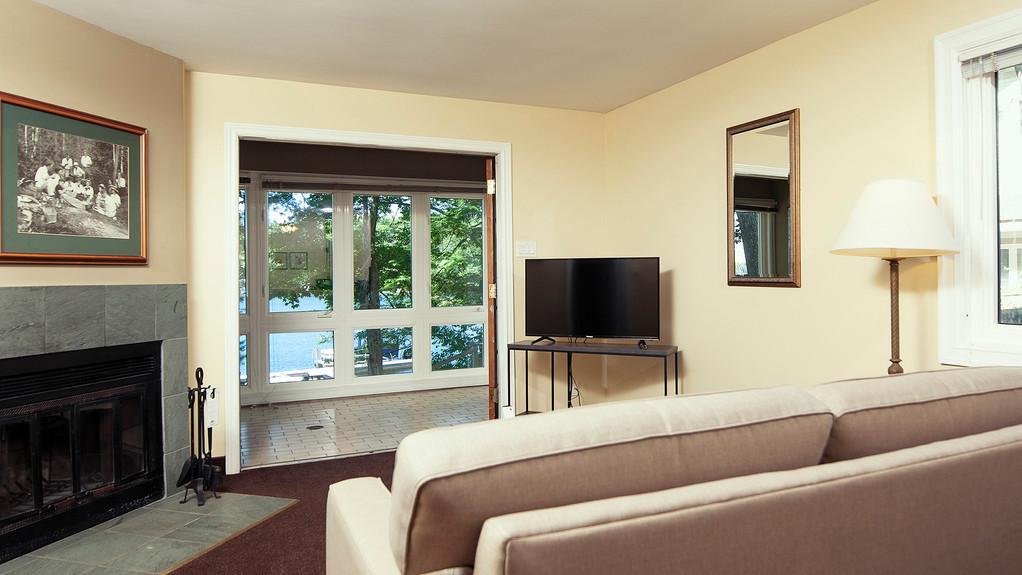 resorts-in-ontario-premium-1bed.jpg