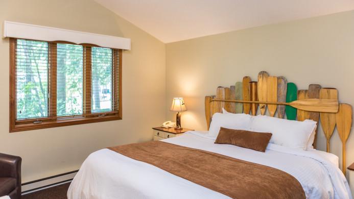 Pinewood East Bedroom 900.jpg