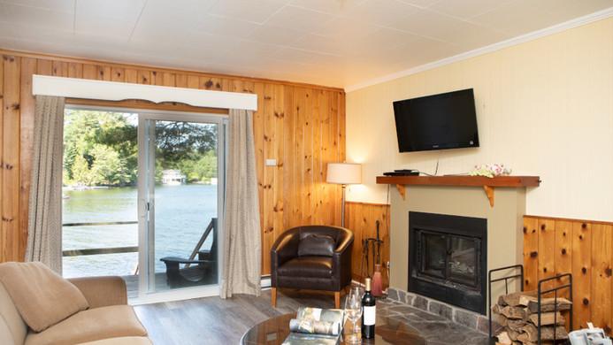 Robinwood Living Room and Lake View 900.
