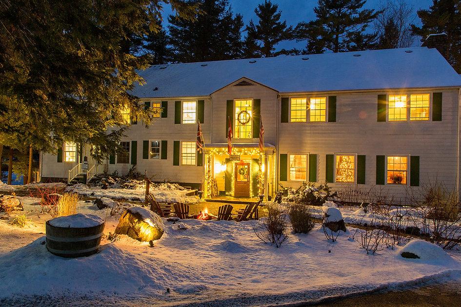 muskoka-resorts-ontarip-Inn Christmas Da