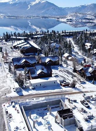 lake-dillon-mountains-lake-views.jpg