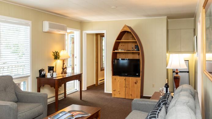 Pinewood West Living Room 1 900.jpg
