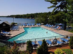 pool-family-resorts-in-ontario.JPG
