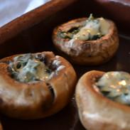 Stuffed mushrooms. Photo by @ecemese.