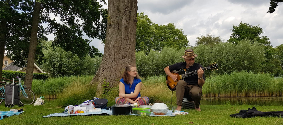 Our first picnic at Zuiderpark.