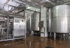 Fotolia_57945108_XL - dairy machine.jpg