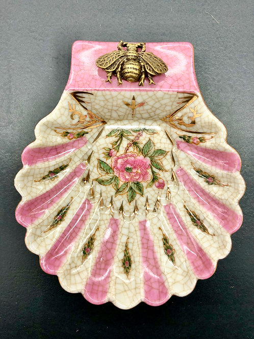 Pink Arch Shell Bee Savon Soap Dish