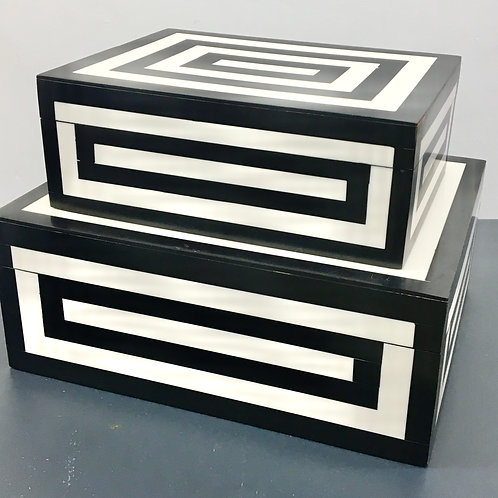 Black & White Resin Lidded Boxes - 2 Sizes Available