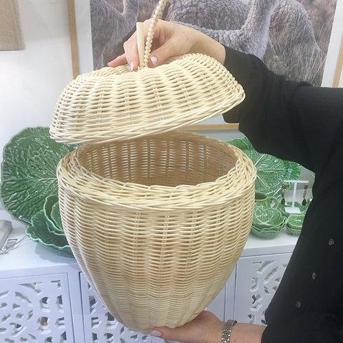 Light Rattan Apple Basket